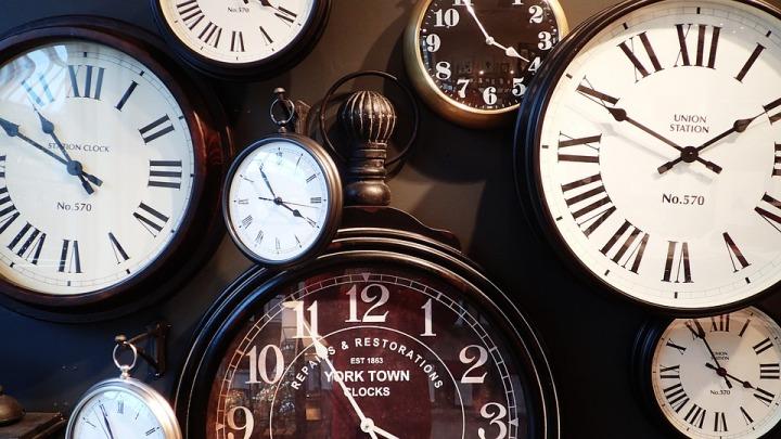 Clocks-back.jpg