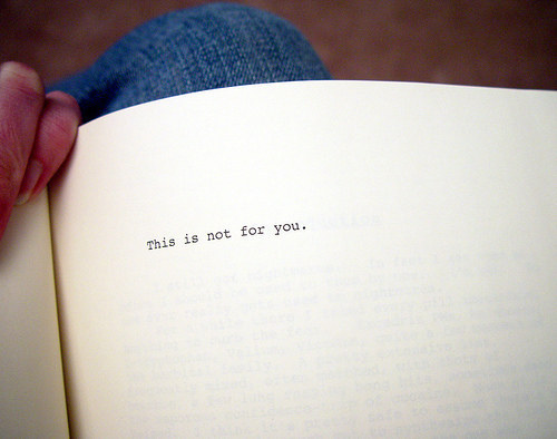 Are there any books written about the book House of Leaves?